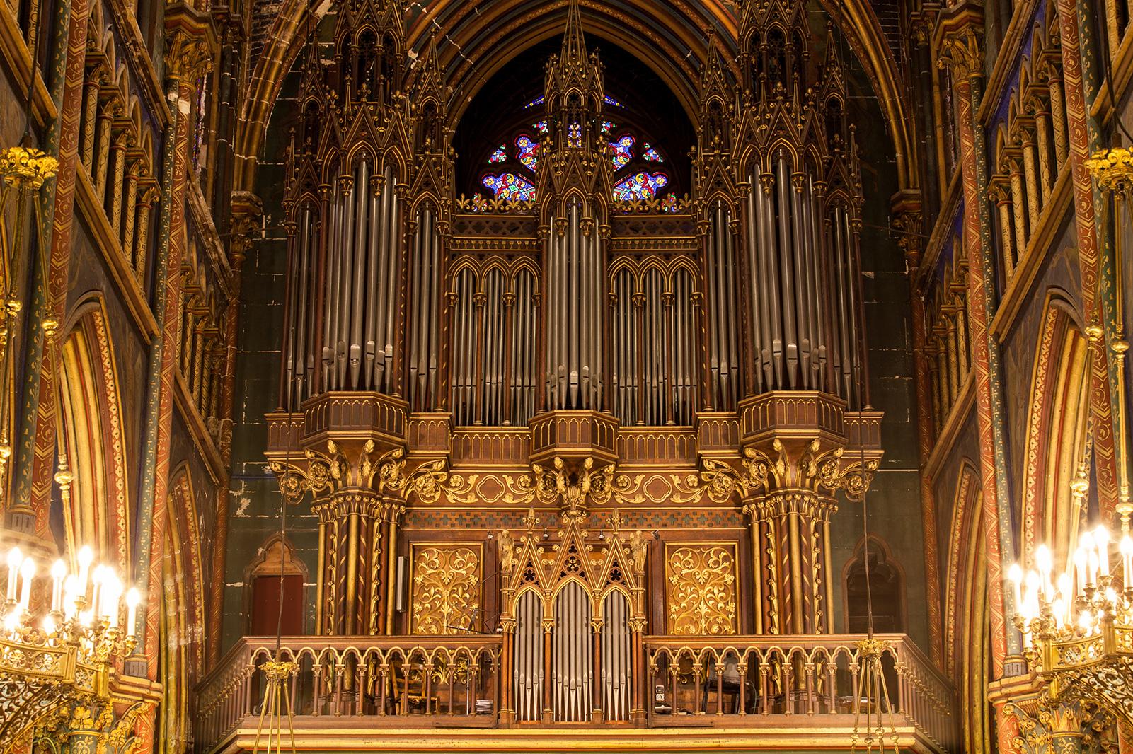 Buffet d'orgue du facteur Cavaillé-Coll inauguré en 1857